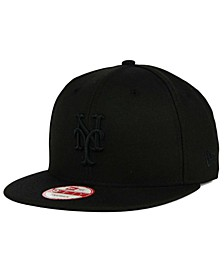 New York Mets Black on Black 9FIFTY Snapback Cap