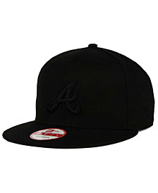 New Era Atlanta Braves MLB Black on Black 9FIFTY Snapback Cap