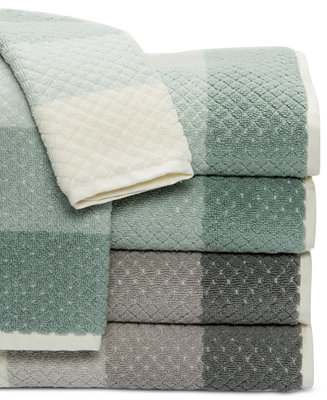 Caro Home Paloma Diamond Stripe Bath Towel Collection