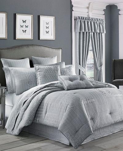 CLOSEOUT! J Queen New York Wilmington Queen 4-Pc. Comforter Set