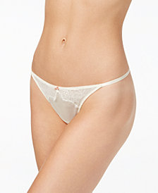b.tempt'd by Wacoal b.sultry Lace Thong 976361