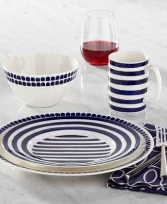 Charlotte Street Collection 2-Pc. Wine Glasses Set
