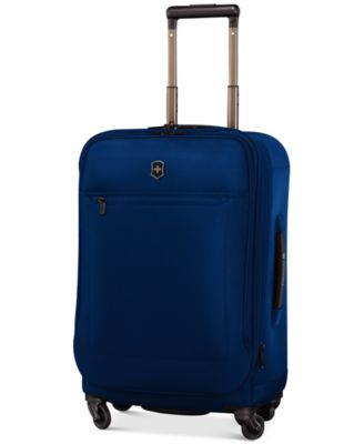 """CLOSEOUT! Victorinox Avolve 3.0 24"""" Expandable Spinner Suitcase"""