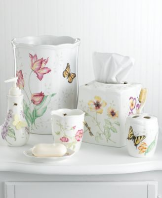 """""""Butterfly Meadow"""" Toothbrush Holder"""