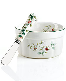 Pfaltzgraff Winterberry Dip Set