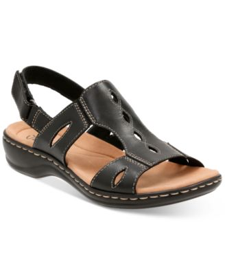 Image of Clarks Collection Women's Leisa Lakelyn Flat Sandals