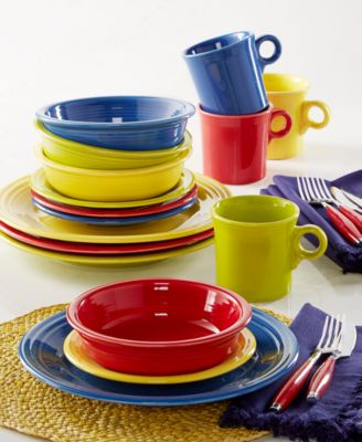 fiesta mixed bright colors 16piece set service for 4 - Fiesta Plates