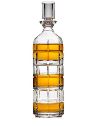 Radius Stackable Decanter with 2 Glasses