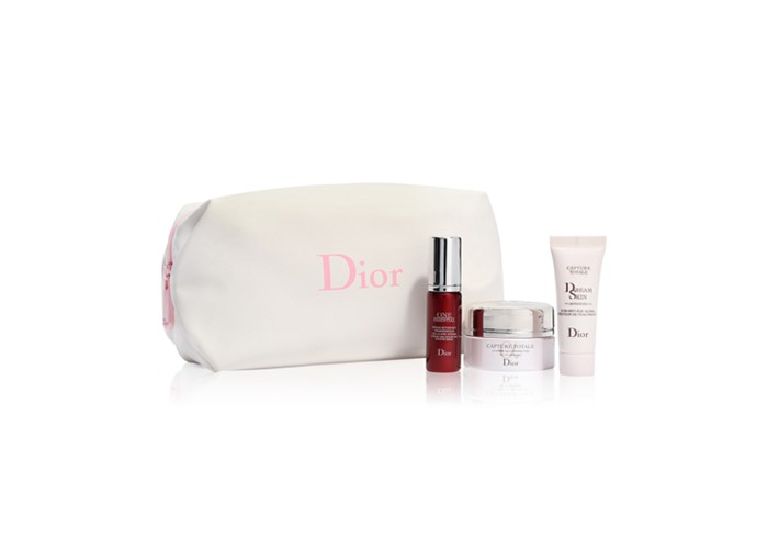 Receive a free 4-piece bonus gift with your $250 Dior Beauty purchase