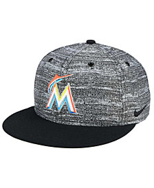 Nike Miami Marlins New Day Snapback Cap