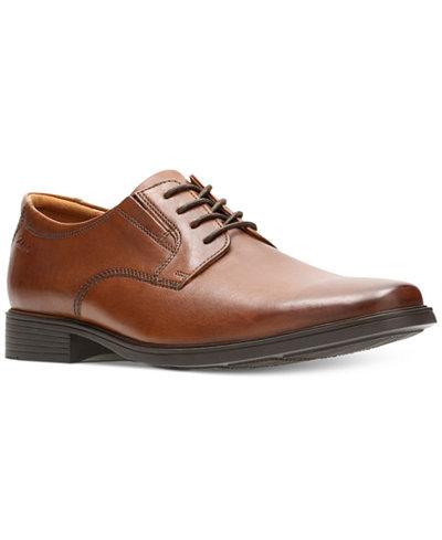 Clarks Men's Tilden Plain-Toe Oxfords