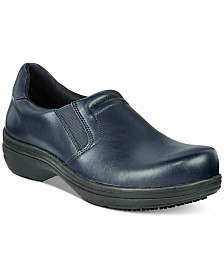 Easy Works by Easy Street Bind Slip Resistant Clogs