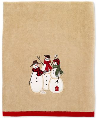 Snowman Gathering Bath Towel