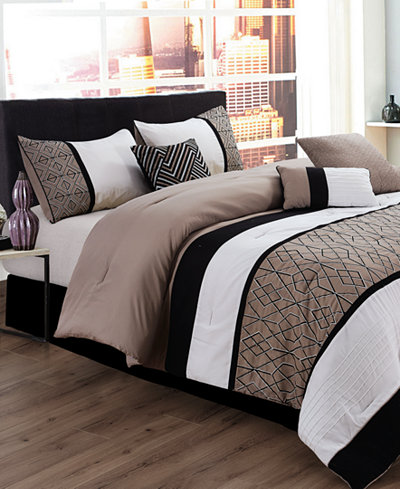 Sergio 7 Pc Queen Comforter Set Bed In A Bag Bed