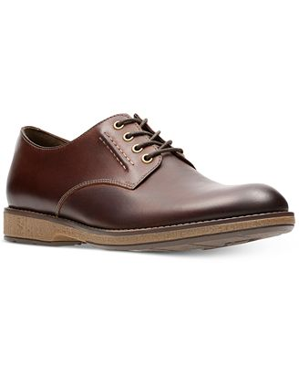 Clarks Men's Hinman Plain-Toe Casual Lace-Up Oxfords