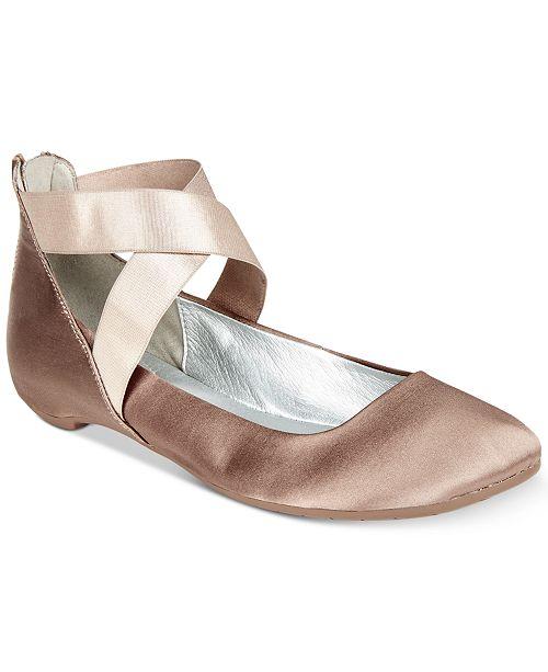 Kenneth Cole Reaction Women's Pro Time Ballet Flats