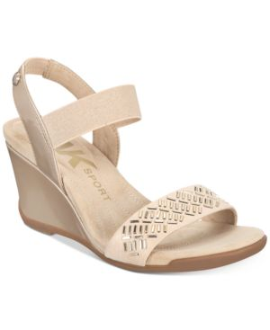 Love Me Wedge Sandals, Natural/Gold