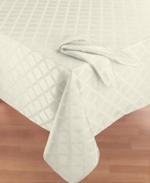 Lenox Laurel Leaf 70 x 86 Oval Tablecloth