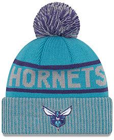 New Era Charlotte Hornets Court Force Pom Knit Hat
