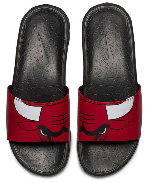 65539630977c Nike Men s Chicago Bulls Benassi Solarsoft Slides   Reviews - Sports ...