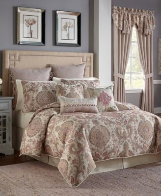 Giulietta 4-Pc. Queen Comforter Set