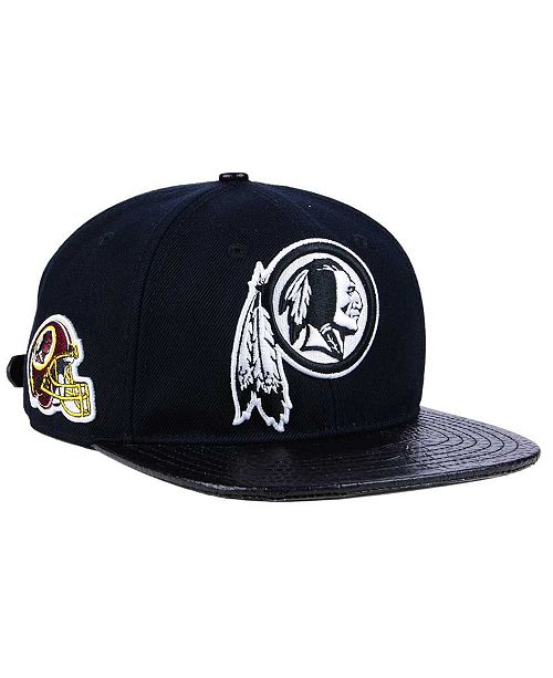 8d2d7617f9855 ... Pro Standard Washington Redskins Black and White Strapback Cap ...
