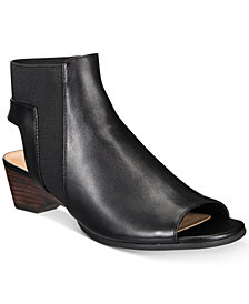 Bella Vita Parson Sandals