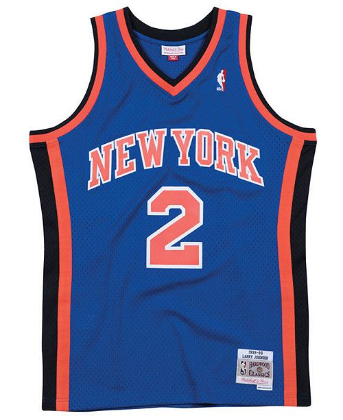 ... Swingman Jersey  Mitchell   Ness Men s Larry Johnson New York Knicks  Hardwood Classic Swingman ... 47430af840