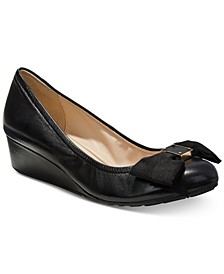 Tali Grand Bow Wedge Pumps