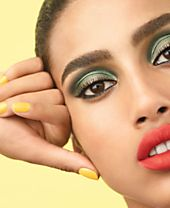 CHANEL Spring-Summer Makeup Collection 2018