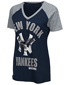 G-III Sports Women's New York Yankees Game On T-Shirt