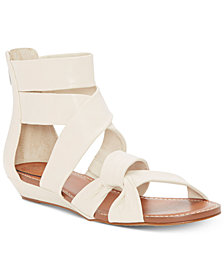 Vince Camuto Seevina Flat Sandals