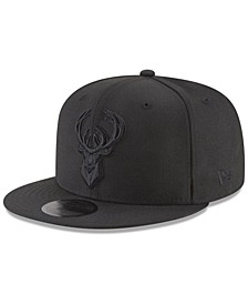 Milwaukee Bucks Blackout 59FIFTY Fitted Cap