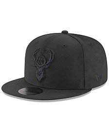 New Era Milwaukee Bucks Blackout 59FIFTY Fitted Cap