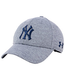 Under Armour New York Yankees Twist Closer Cap
