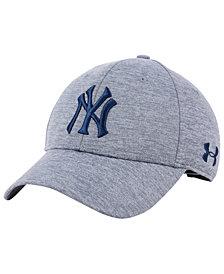 Under Armour New York Yankees Twist Closer Cap