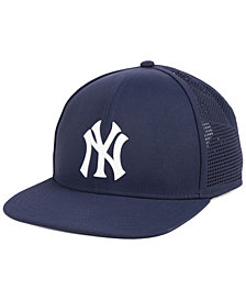Under Armour New York Yankees Supervent Cap