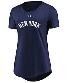 Under Armour Women's New York Yankees Team Font Scoop T-Shirt