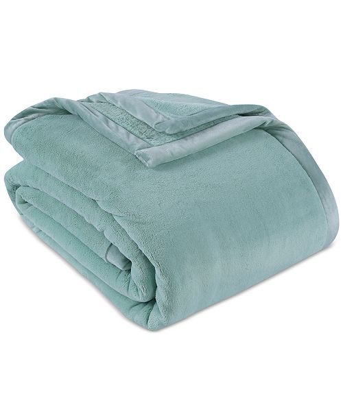 "Berkshire PrimaLush™ Ultra-Warm 108"" x 90"" King Blanket"
