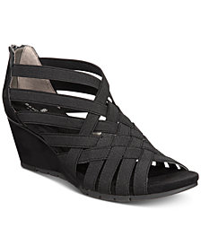 Bandolino Gillmiro Strappy Wedge Sandals
