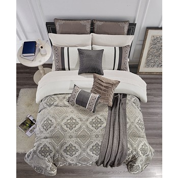 Hallmart Collectibles Nyomi 14-Pc. Queen Comforter Set