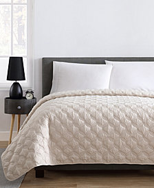 VCNY Home Joyce Full/Queen Embossed Quilt