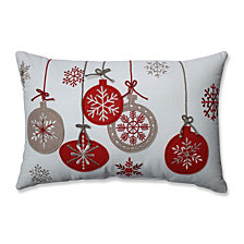 Country Home Ornaments Red/White Rectangular Throw Pillow