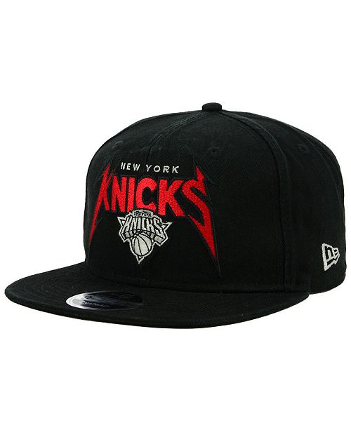 9186956afe75ce ... New Era New York Knicks 90s Throwback Groupie 9FIFTY Snapback Cap ...
