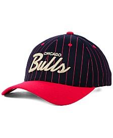 quality design 30013 7d6d2 Mitchell   Ness Chicago Bulls Pinstripe Snapback Cap
