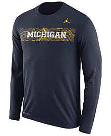 Nike Men's Michigan Wolverines Legend Sideline Long Sleeve T-Shirt 2018