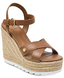 ffb4e232d18001 GUESS Women s Genisi Espadrille Wedge Sandals