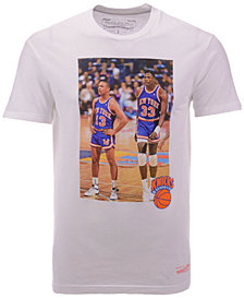 Mitchell & Ness Men's New York Knicks Photo Real T-Shirt