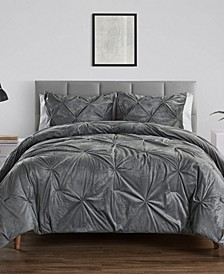 Carmen Kiss Pleat Comforters