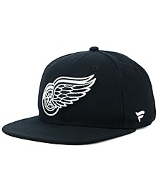 NHL Authentic Headwear Detroit Red Wings Black DUB Fitted Cap